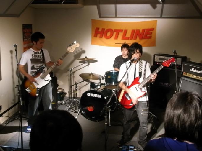 HOTLINE2009 モノクロさん