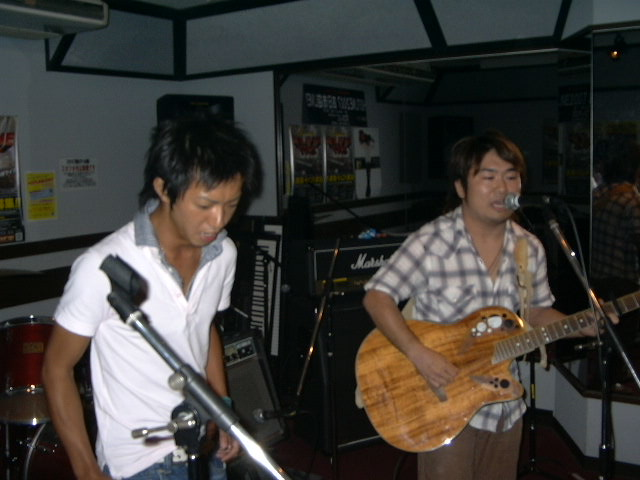 20070831-RUFFLE_LIVE.JPG