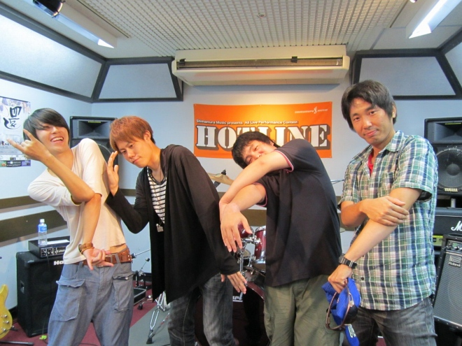 HOTLINE2013 8月11日(日)