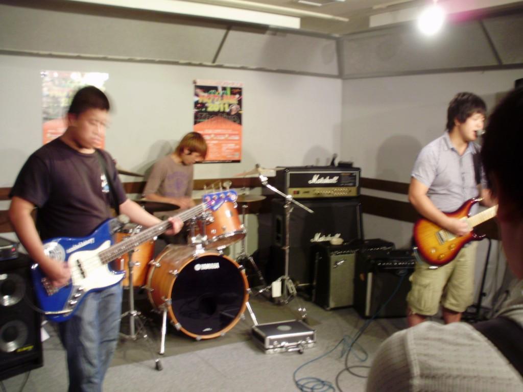 島村楽器しまむらがっきHOTLINEライブ2011鈴鹿店