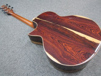 島村楽器しまむらがっきイオンモール鈴鹿ヨコヤマギターズYokoyamaguitars