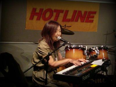 奈良店 HOTLINE2010 8月 Yasuko シンセサイザー 弾き語り