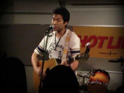 奈良店 HOTLINE2010 8月 ダニエル浅田 アコースティックギター 弾き語り
