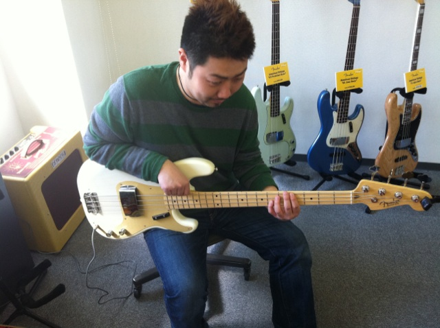FENDER NEW AMERICAN VINTAGE BASS