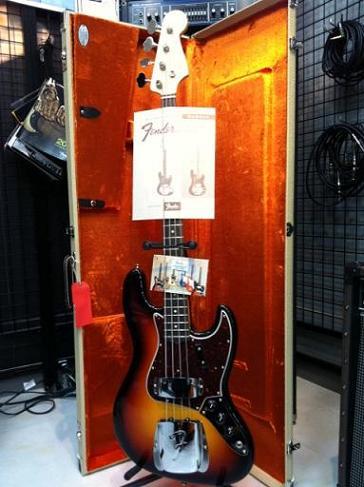 FENDER American Vintage '64 Jazz Bass®(3-Color Sunburst)