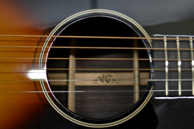 VG-01R-VS soundhole