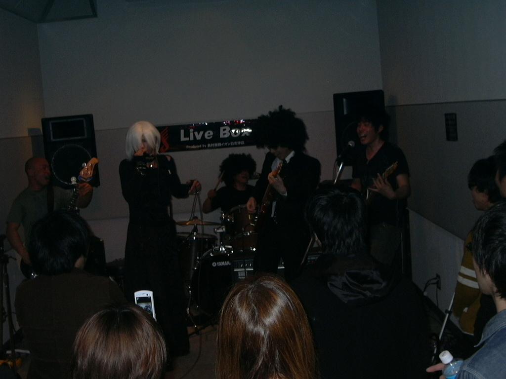 LIVEBOX20110321M・T・H