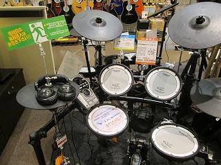 人気の電子ドラムTD15SCSです!
