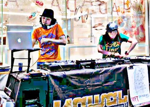 DJ HIRO & DJ SHINGO