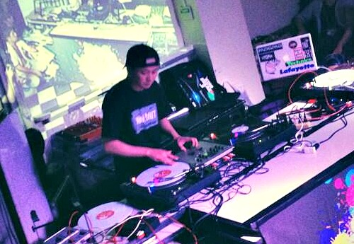 DJ KAWAGUCHI