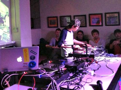 DJ SYUNSUKE