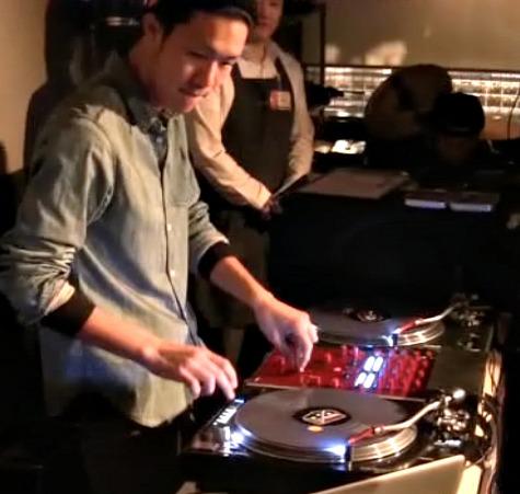 DJ WOODY MEETS RELOOP RP8000
