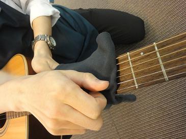 弦に付着した手汗も、ばっちり!