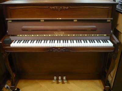 ピアノUP122