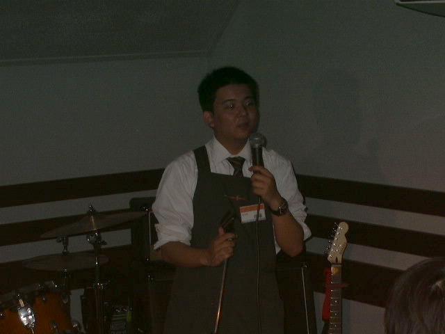 本日の司会進行、DJ担当の佐藤です
