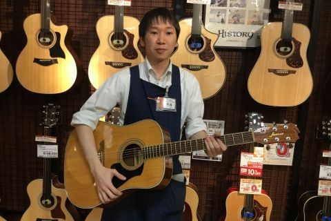 スタッフ写真アコースティックギター・デジタル商品全般高森