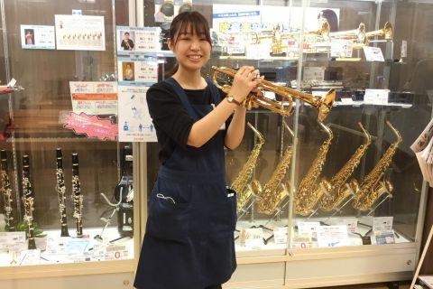 スタッフ写真管楽器岡本