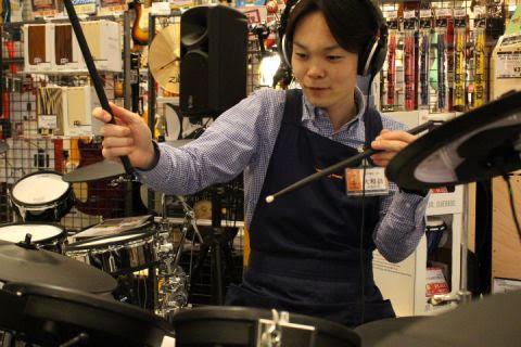 スタッフ写真店長大和田仁一