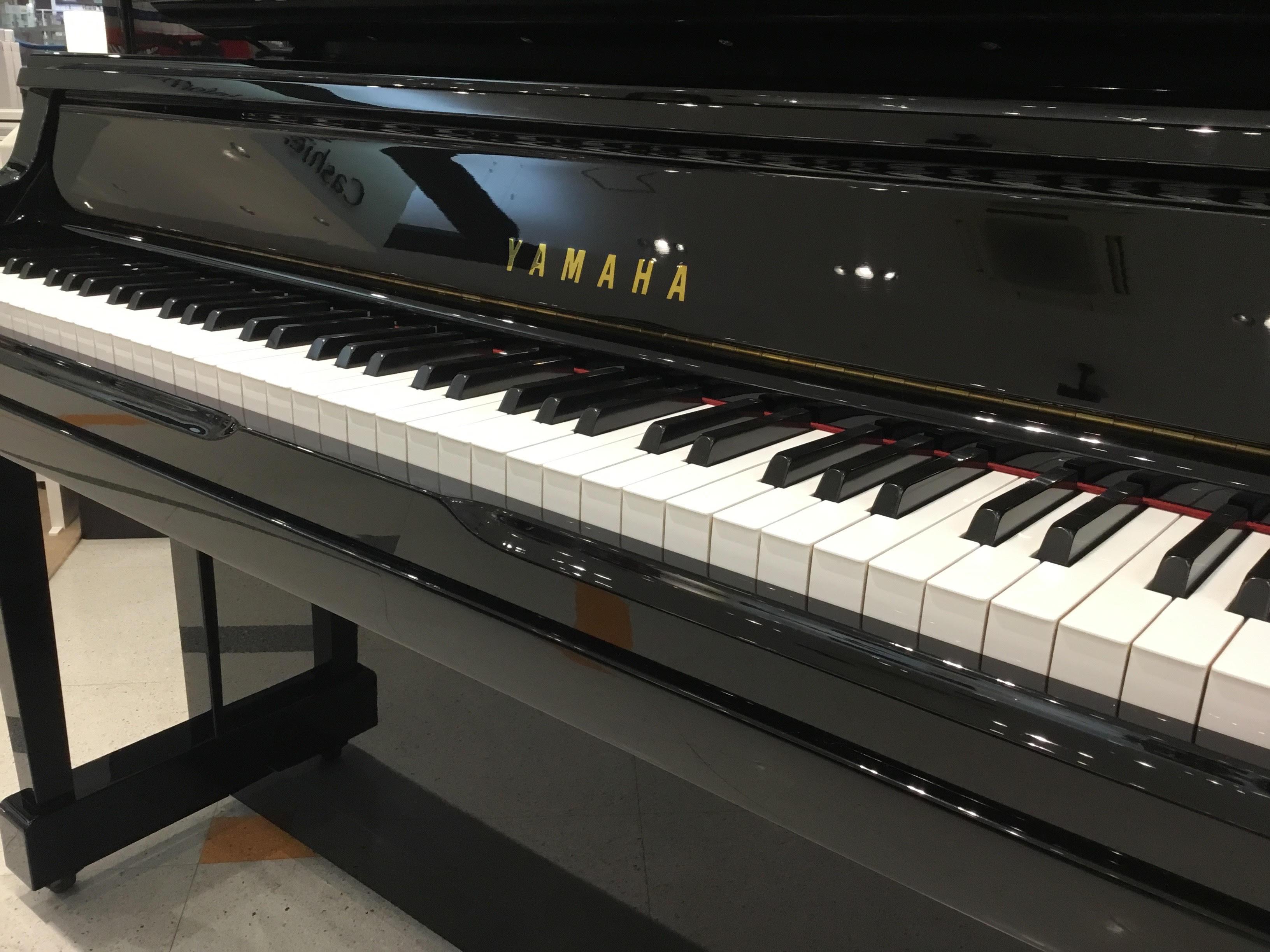 アップライトピアノの価格の違い
