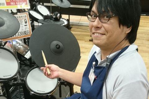 スタッフ写真ドラム、デジタル、ドラムアドバイザー杉田
