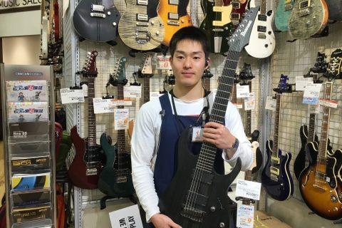 スタッフ写真ギター、ベース矢野