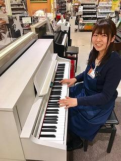 ピアノ担当森田