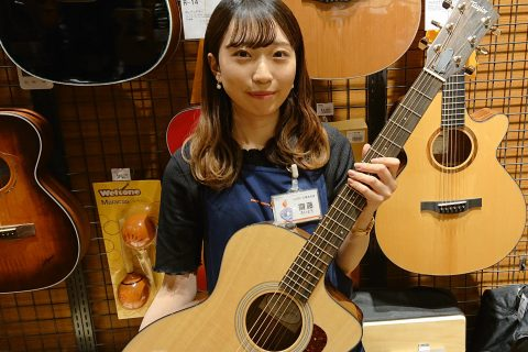 スタッフ写真担当:アコースティックギター・ドラム齋藤