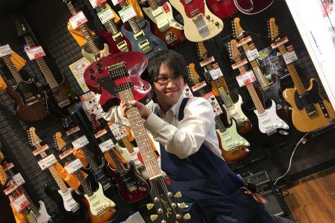 スタッフ写真エレキギター・ギターアクセサリー隅田