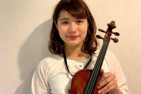 スタッフ写真ヴァイオリンインストラクター佐藤