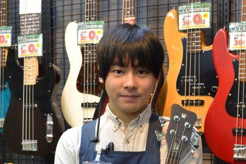 スタッフ写真ギターアクセサリー長沼