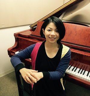 ピアノインストラクター楠本真理子