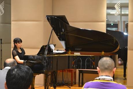 島村楽器 南船橋 クリスマス ピアノコンサート 野坂彩恵