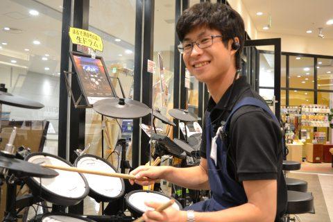 スタッフ写真ドラム、ドラムアクセサリー田中