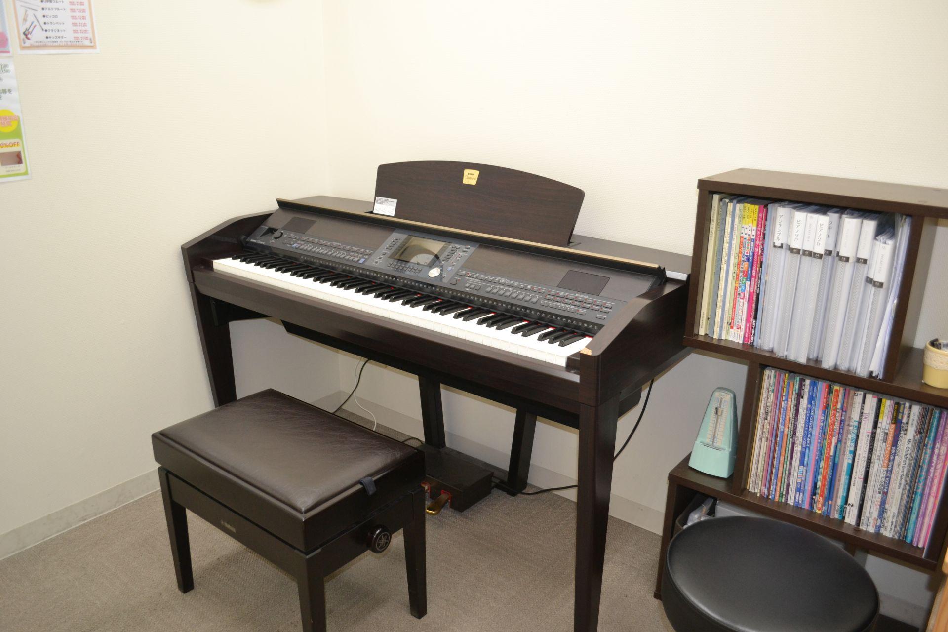 島村楽器 ビビット南船橋 ピアノサロン レッスンルーム