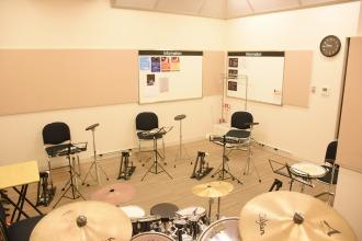 島村楽器レッスン室 L部屋