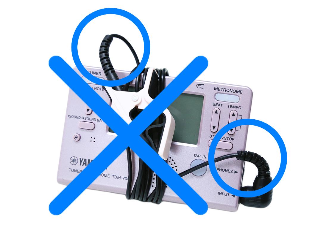 ケーブルをチューナー本体に巻きつけて保管したり持ち運ぶのは止めましょう。ケーブルに負荷がかかって断線の原因となります。