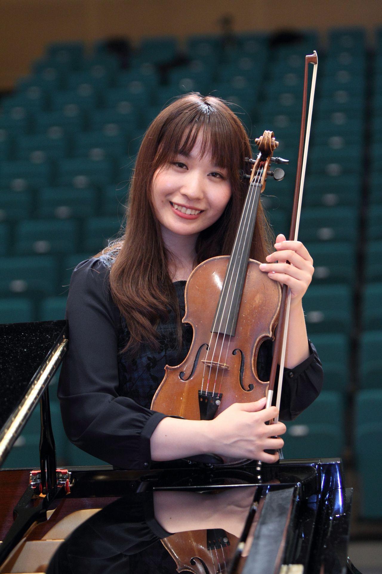 バイオリン科梅田明香講師
