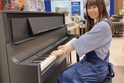 スタッフ写真ピアノ/電子ピアノ/キーボード/管楽器袴田