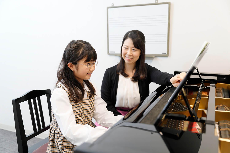 島村楽器イオンモール広島府中店ピアノ教室でのレッスンの様子
