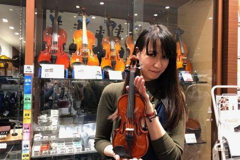 スタッフ写真音楽教室・弦楽器・弦楽器アクセサリー・音楽雑貨和田