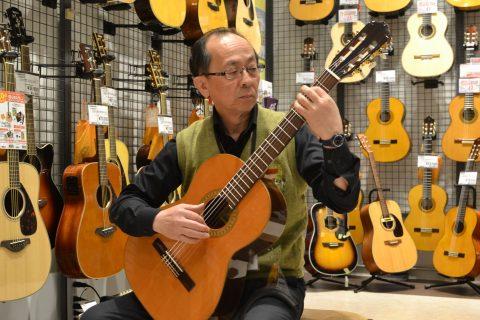 スタッフ写真ギターアクセサリー、楽譜江原