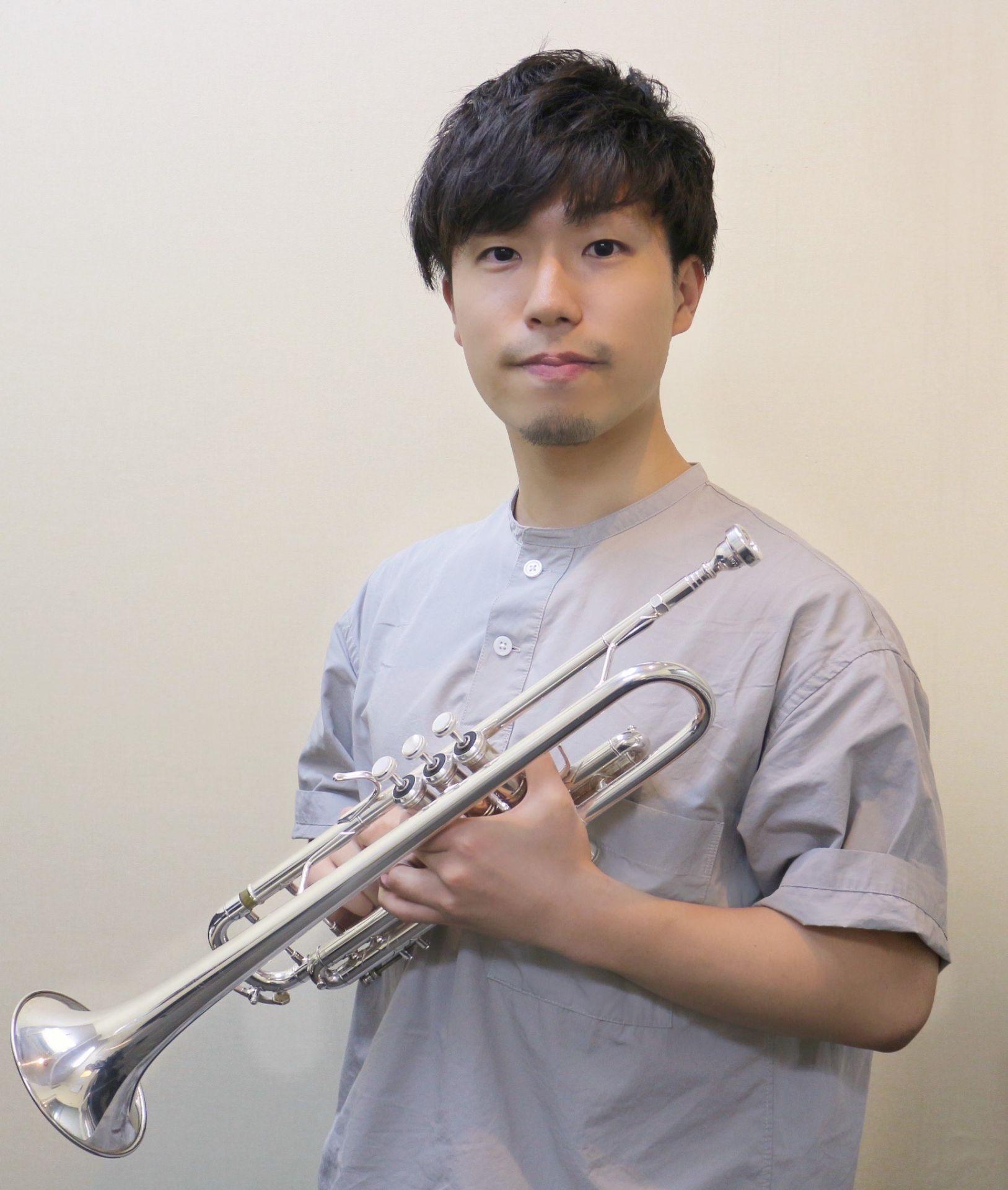 川口駅前楽器屋かわぐちキャスティ店小林寛幸先生画像
