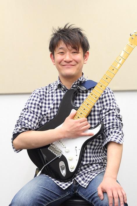 埼玉県川口駅音楽教室ギターレッスン講師若見篤志先生画像