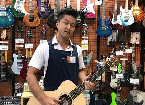 スタッフ写真エレキギター、エレキベース、アンプ、エフェクター、DJ永田