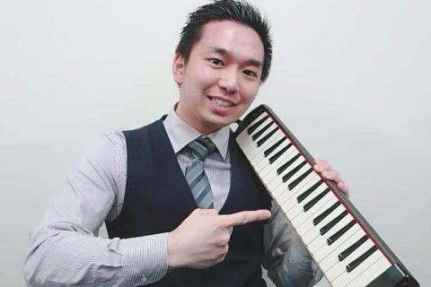 スタッフ写真ピアノアドバイザー・防音アドバイザー・鍵盤ハーモニカ・教育楽器・楽譜紺野