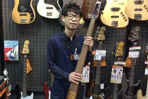 スタッフ写真店長中村