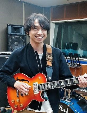 春日部 音楽教室 本間先生 ギター