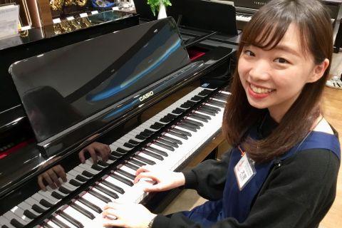 スタッフ写真ピアノインストラクター大舘