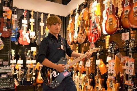 スタッフ写真ギター・エフェクター井上