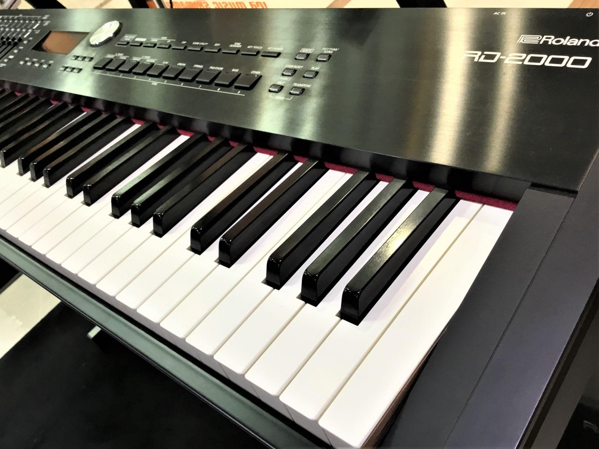 Roland RD2000展示販売中